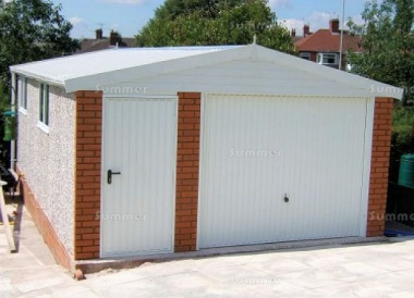 Spar Apex Concrete Garage 600 - Brick Posts, PVCu Window and Fascias