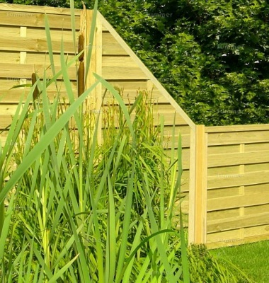 Fence Panel 411 - Stepped Height, Planed, 9mm Boards, 2x2 Frame