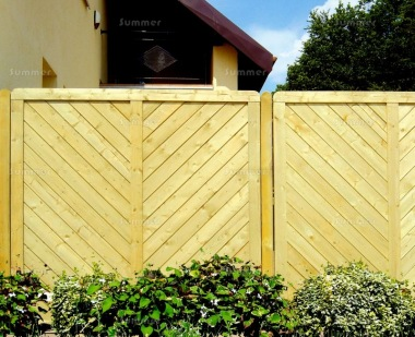 Fence Panel 520 - Planed Timber, 18mm T and G Boards, 4x2 Frame