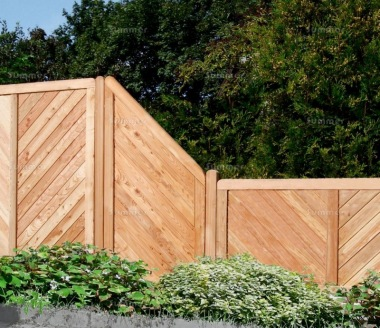 Fence Panel 525 - Stepped Height, Planed, 18mm T and G, 4x2 Frame