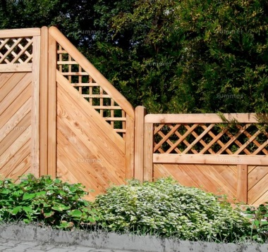 Fence Panel 545 - Stepped Height, Larch, 18mm T and G, 4x2 Frame