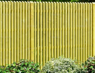 Fence Panel 610 - Planed Timber, 35mm Thick Chamfered Pales