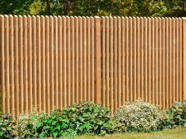 Fence Panel 614 - Larch, Planed, 35mm Thick Chamfered Pales